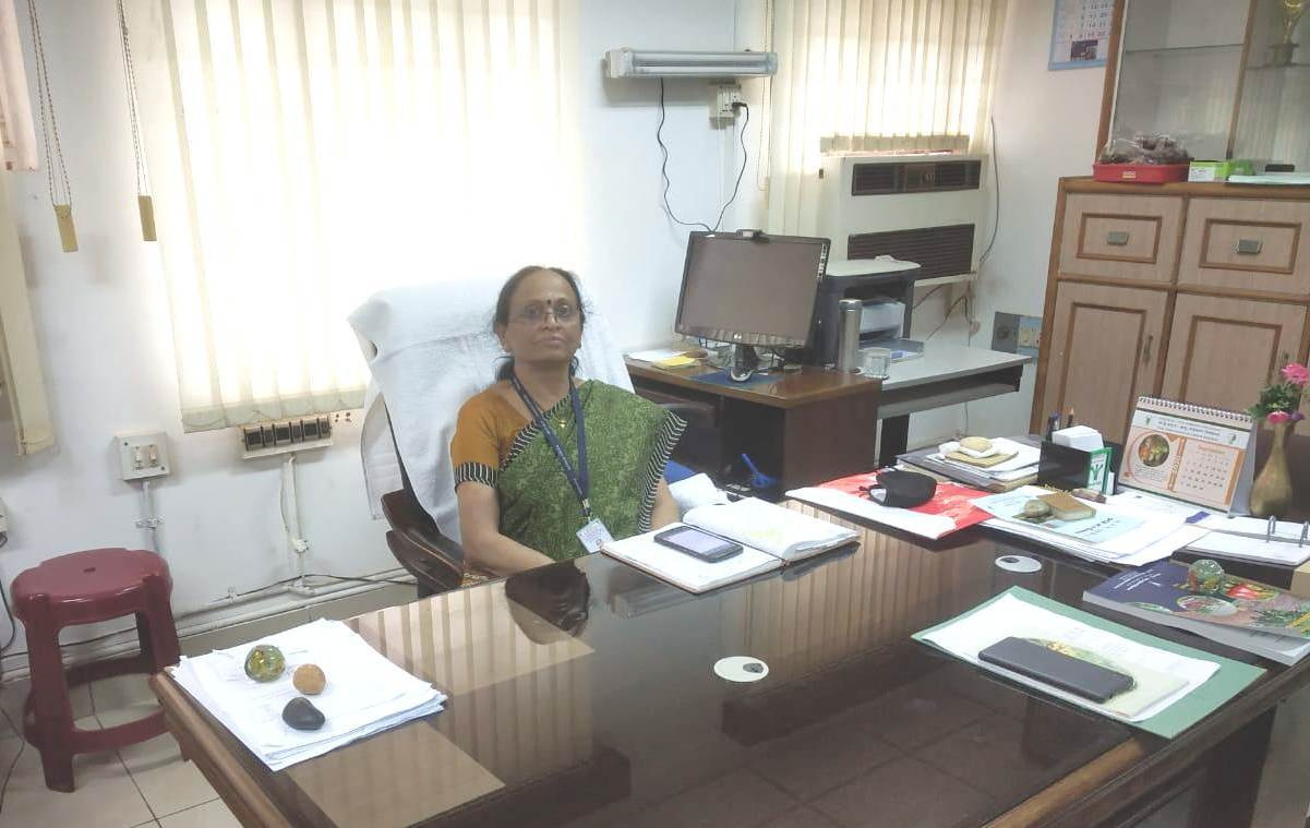 Dr. Anitha Karun takes over the charge of Director (Acting) at the Directorate of Cashew Research, Puttur on 17-08-2020